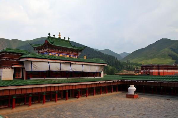 labuleng monastery