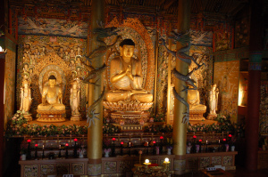 buddha_statues_in_a_temple_on_jejudo